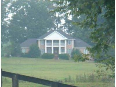 5 Bed 4 Bath Foreclosure Property in Camden, TN 38320 - Hudson Cemetery Rd