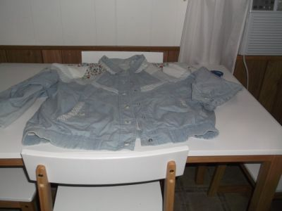 BLUE LIGHT WEIGHT JACKET SIZE LARGE