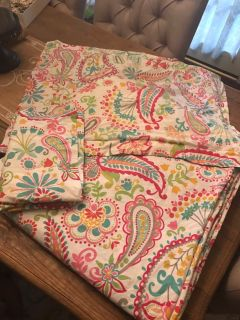 PB TEEN Duvet Cover Full/Queen with matching standard Shams