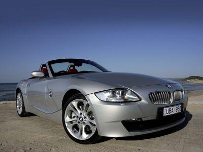 2008 BMW Z4 3.0i (Titanium Silver Metallic)