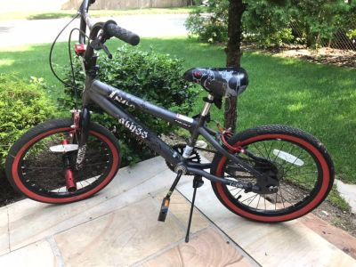 Boys 18 inch bike new condition