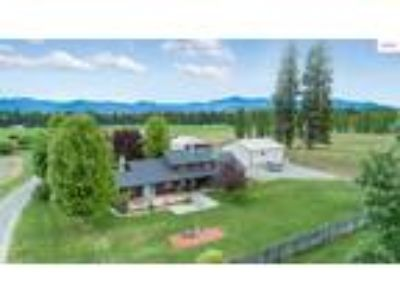Bonners Ferry Real Estate Home for Sale. $429,000 4bd/Three BA.