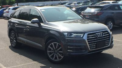 2018 Audi Q7 (Samurai gray metallic)