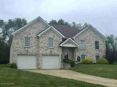 8400 Catalpa Springs Ct Louisville Three BR, WELCOME HOME!