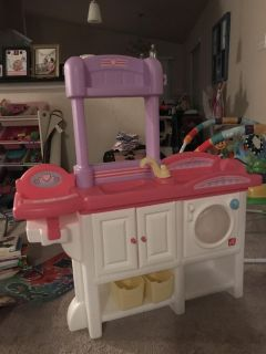 Step 2 Love and Care Deluxe Nursery Playset