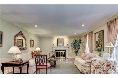 Potomac - superb House nearby fine dining. Washer/Dryer Hookups!