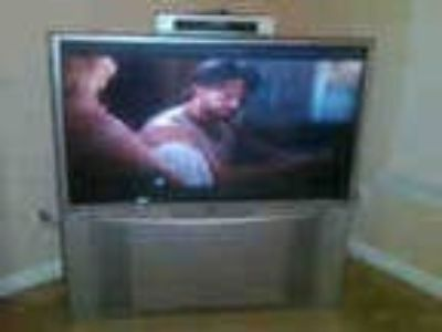 50 Hitachi Projection Hdtv