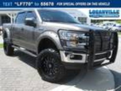 2018 Ford F-150 XLT Lifted big Wheels & Tires