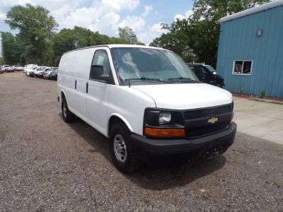 2012 Chevrolet Express 2500 2500 (White)