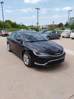 2015 Chrysler 200 Limited (Black Clearcoat)
