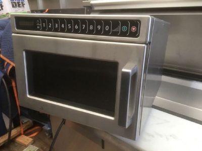 Amana 1200w Microwave RTR# 9051281-06,07