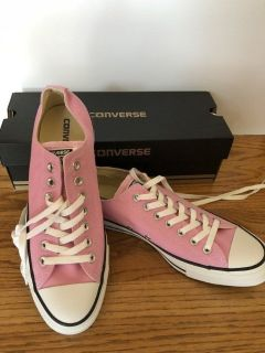 Converse All-Star Shoes. Icy Pink - Men s 9/Womens 11