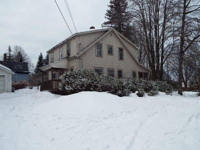 4 Bed 2 Bath Foreclosure Property in Lancaster, NH 03584 - High St