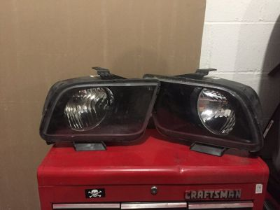 2008 Ford Mustang GT headlights