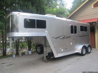 2006 Featherlite 2 Horse Trailer Model 9607 With Living Quarters Straight Load