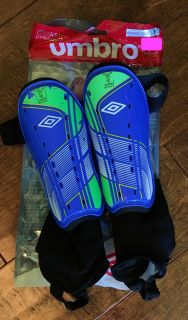 Youth Umbro Shin Guards size Medium fits about 5-8 years old