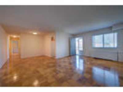Fort Strong Properties - 2 BR, 1 BA near Courthouse Metro - Fort