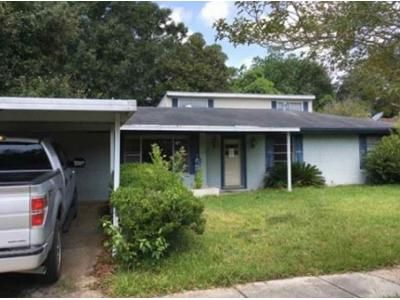 5 Bed 2.5 Bath Foreclosure Property in Lake Charles, LA 70607 - Desoto St