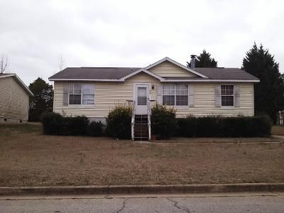 3 Bed 2 Bath Preforeclosure Property in Lithonia, GA 30038 - Fields Dr