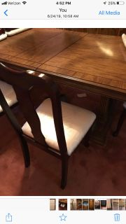 Kitchen table with 6chairs
