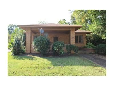 3 Bed 1.1 Bath Foreclosure Property in Gadsden, AL 35901 - Haralson Ave
