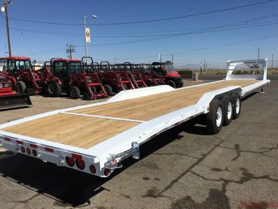Three Car Hauler, Three Car Trailer, PJ Trailer B8443