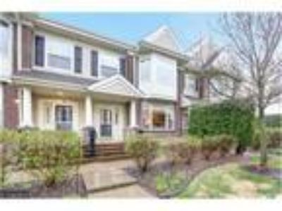 Townhome for Sale in Plymouth