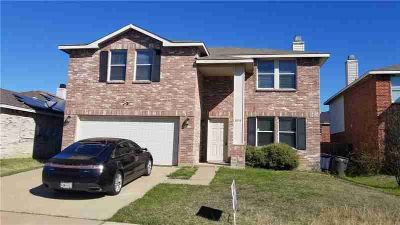 3836 German Pointer Way FORT WORTH Three BR, Very nice floor plan