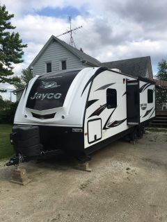 2015 Jayco White Hawk 23 ft Camper/Trailer
