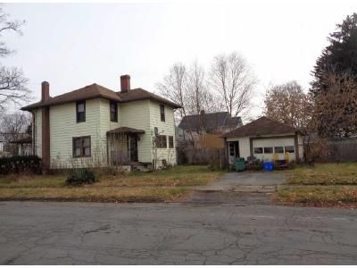 4 Bed 1.5 Bath Foreclosure Property in Elmira, NY 14904 - Spaulding St