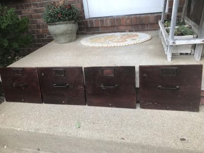 4 vintage fronts from drawers of an old filing cabinet. So project worthy!