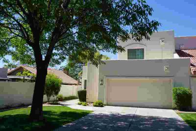 8914 S HEATHER Drive Tempe, Spacious Three BR townhouse in