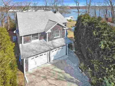 23 Quagnut DR South Kingstown Three BR, Waterfront, bright, airy