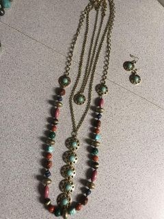 Euc Premier Design set. $45 Necklace can be worn several different ways, comes with earrings. Ppu in Pace Only