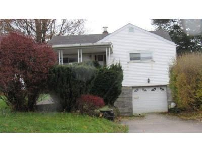 3 Bed 1 Bath Foreclosure Property in Mingo Junction, OH 43938 - Longview Ave