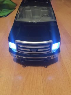 Lights & Sounds Ford F-150 with Big Farmer Trailer