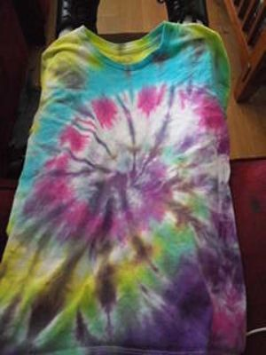 TIE DYE TEE SHIRT FOR. For tee shirt day of 60s
