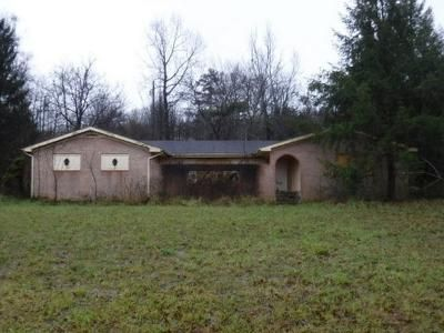 3 Bed 2 Bath Foreclosure Property in East Bernstadt, KY null - E Hwy 3094