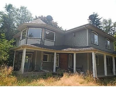 3 Bed 2 Bath Foreclosure Property in Saint Helens, OR 97051 - Pittsburg Rd
