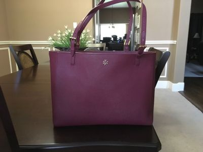 *EXCELLENT CONDITION* Tory Burch York Buckle Tote