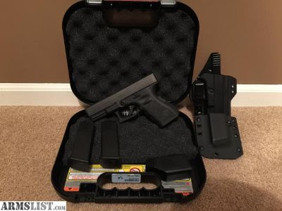 For Sale: Glock 19 Gen 3 + Extras