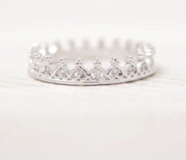 New Rhinestone Midi Ring in Silver - Sz 6.75 (meant to wear on pinky finger or above the knuckles)