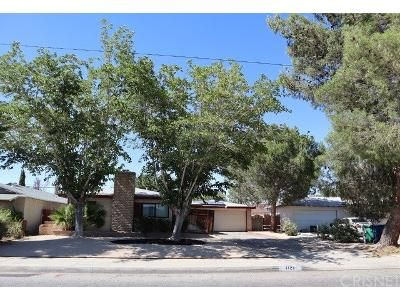 3 Bed 2 Bath Foreclosure Property in Lancaster, CA 93534 - West Avenue J8