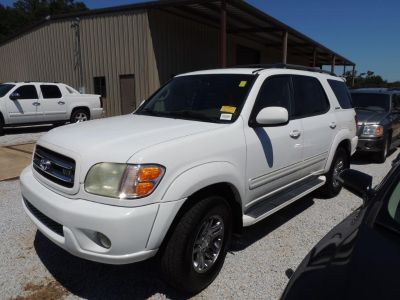 2004 Toyota Sequoia Limited (WHI)