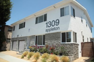 $2200 2 apartment in South Bay