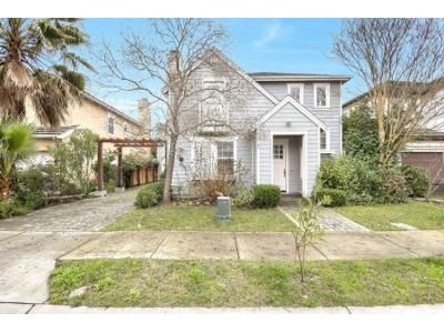 4 Bed 3.5 Bath Foreclosure Property in Novato, CA 94949 - Lavenham Rd