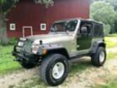 Craigslist - Vehicles For Sale Classifieds in Lansing, Iowa