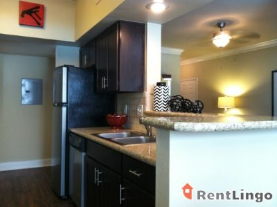 $1,039, 2br, Charlotte Affordable 2 bd/2.0 ba Apartment available 02/23/2018
