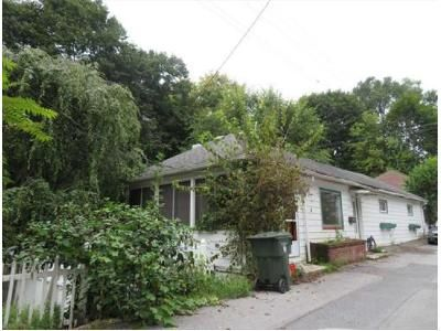 2 Bed 1 Bath Foreclosure Property in Bellefonte, PA 16823 - S Ridge St