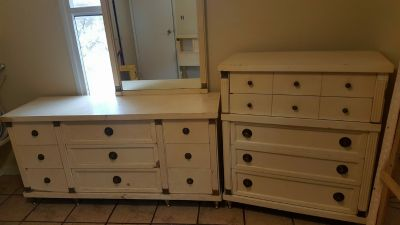 Antique Dresser Set